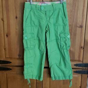 Aeropostale Womens Green Cargo Capri Pants